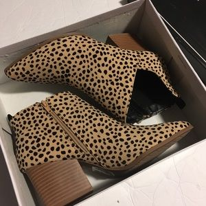 NWT Cute Booties